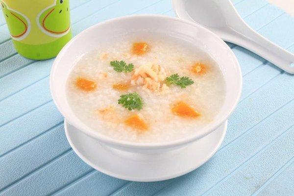 Những món ăn đơn giản hỗ trợ bệnh cao huyết áp
