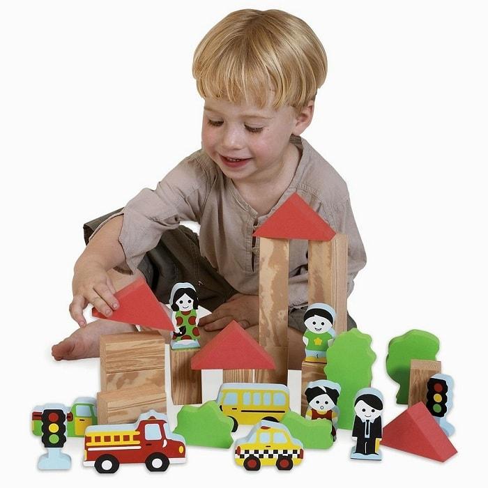 Bộ đồ chơi cho bé giúp bé thông minh hơn